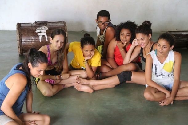 The Afro-Roots Collective of arteducators from AfroMundi Dance Company, Drums of Freedom, Leaves of Life and Rabetas Viideos begin their first cultural exchange with indigenous youth from the cultural hub Thydewas in Bahia, to launch the Networks of Creativity project which culminates in Rivers of Creativity, this November.